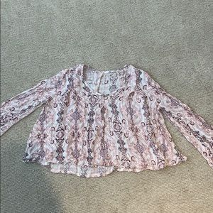 Super cute and comfy blouse